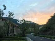 九龙湖畔春漫里3室2厅3卫134平方215万元